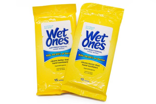 Wet Wipes Package of 15
